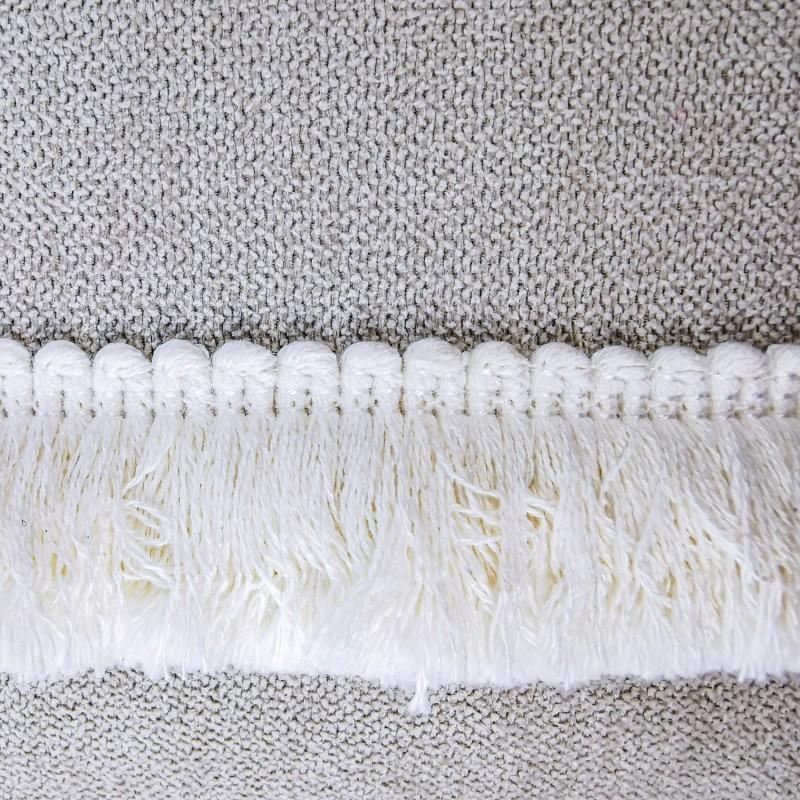 Funda Cojín gris topo fleco blanco lateral 60x40. Colección Basic